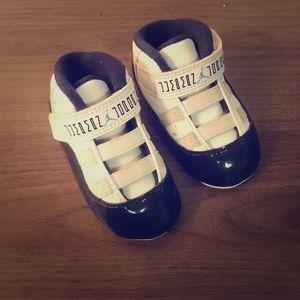 Infant air Jordan 11 sneakers white/blue